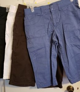 Lee Capris Relaxed Fit 4 pair Size 14 M
